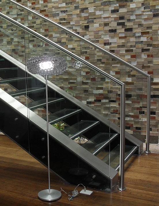 Barandas Para Escaleras Escaleras Fanes Escaleras Certificadas Tipo Tijera Extensión Plataforma Pared Móvil O Avión Escaleras En Aluminio Fibra De Vidrio Acero Y Otros Garantía De Fábrica